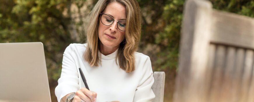 Seguimiento ginecólogo en la menopausia - Accuna